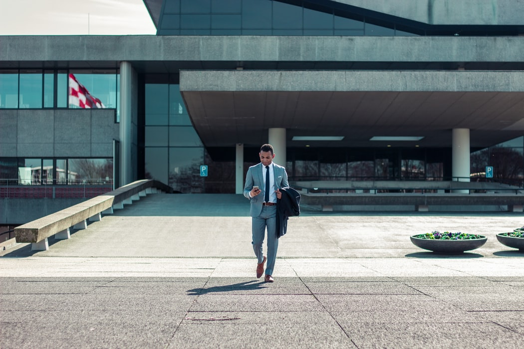 How can Entrepreneurs be more confident at work